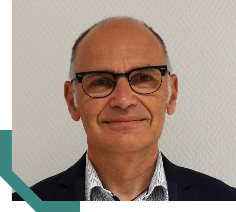 Portrait du directeur général d'Hypharm, société spécialisée en génétique cunicole